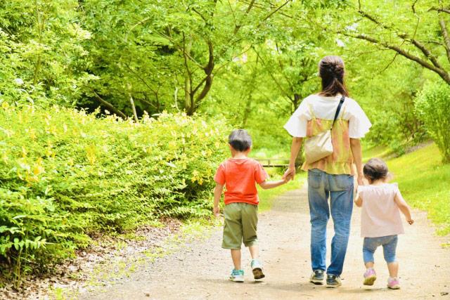 家族と散歩