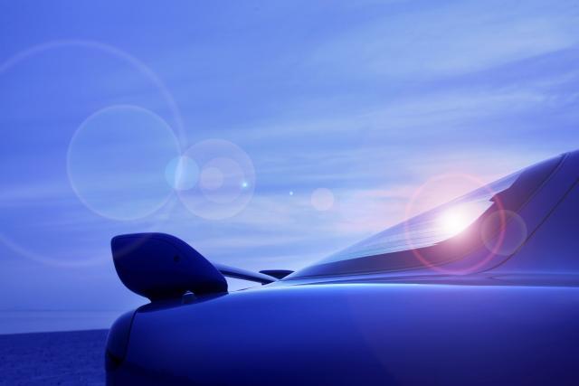 車と海と青空